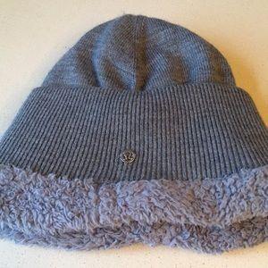Accessories - LULULEMON fleece beanie
